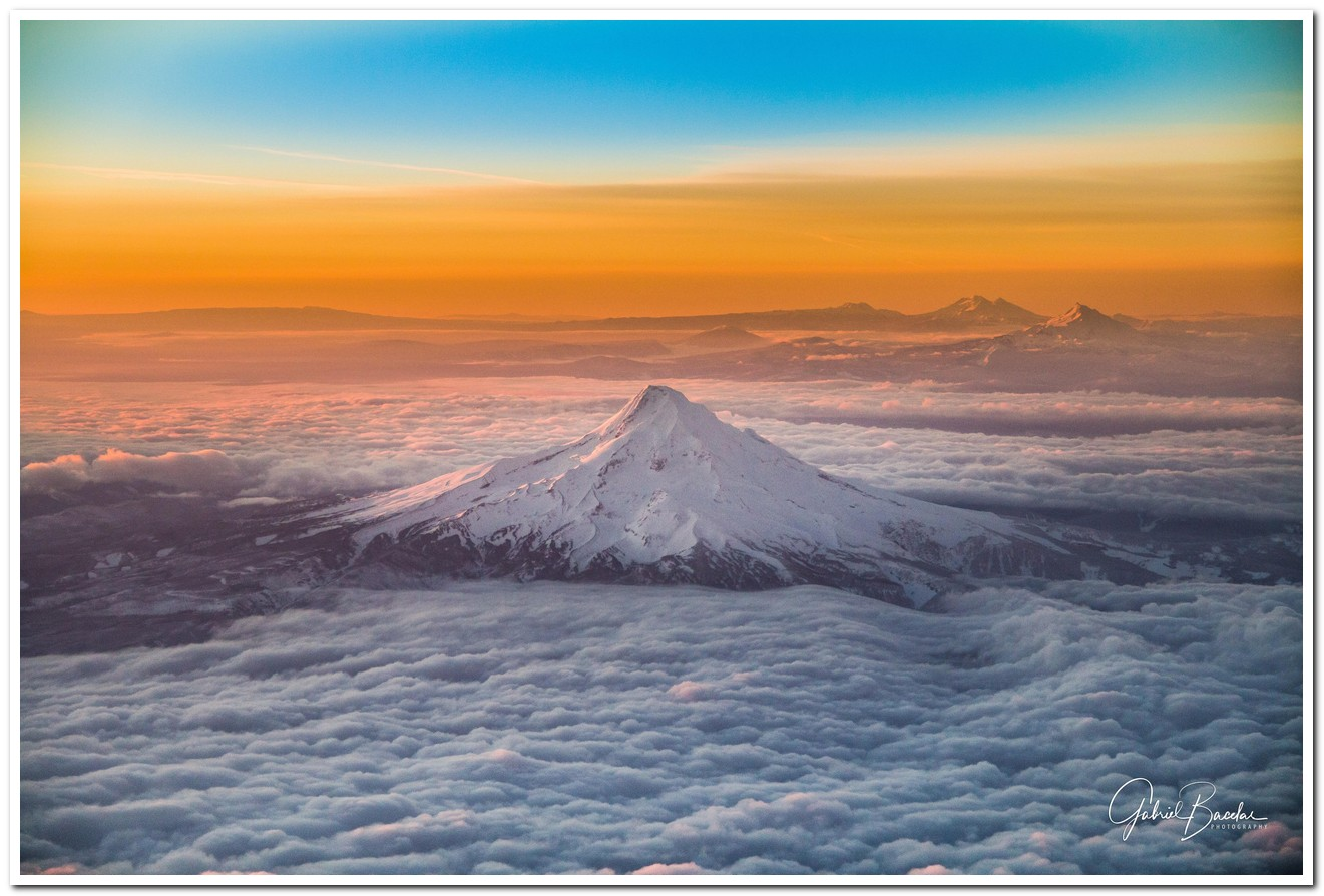 0mount_hood_oregon_1280.jpg